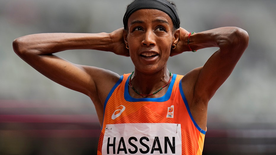 Sifan Hassan storms back to win 1,500-meter heat after falling on final lap