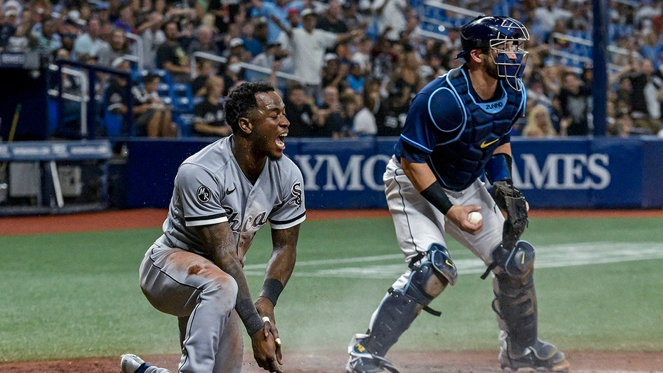 Anderson delivers 2 key hits, White Sox beat Rays 7-5 in 11