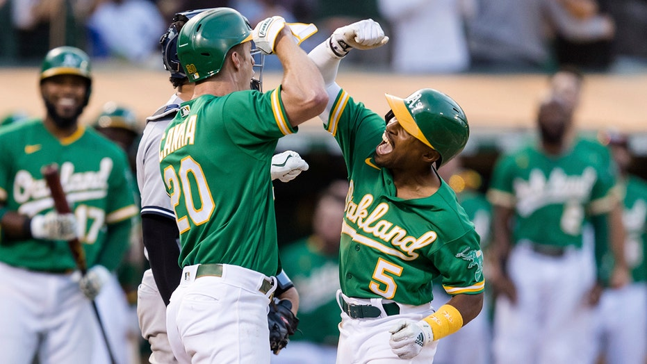 Kemp HR in 8th, A's beat Yankees for 2nd straight day