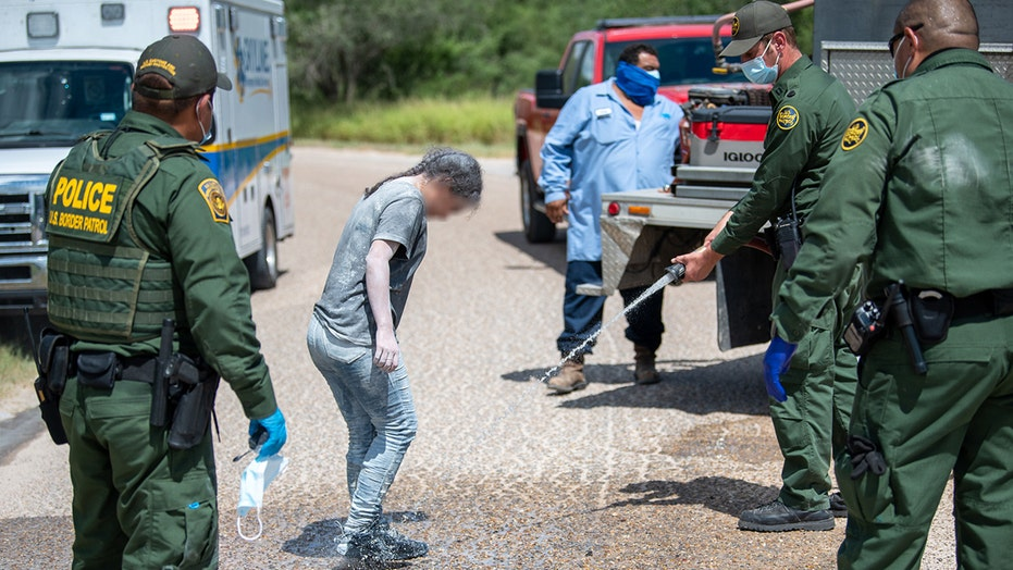 Border Patrol in Texas find 68 illegal immigrants in railcars, some covered in 'white powdery substance'