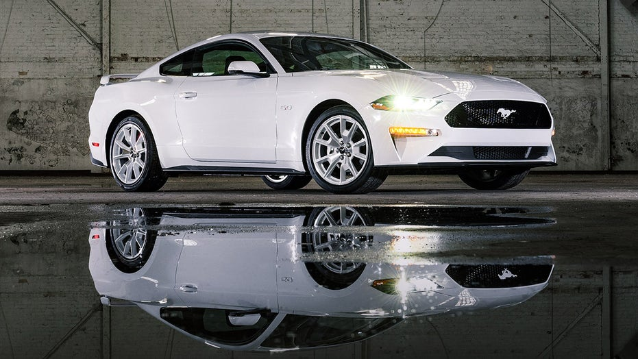 Too cold? Ford debuts 1990s-style Ice White Mustangs