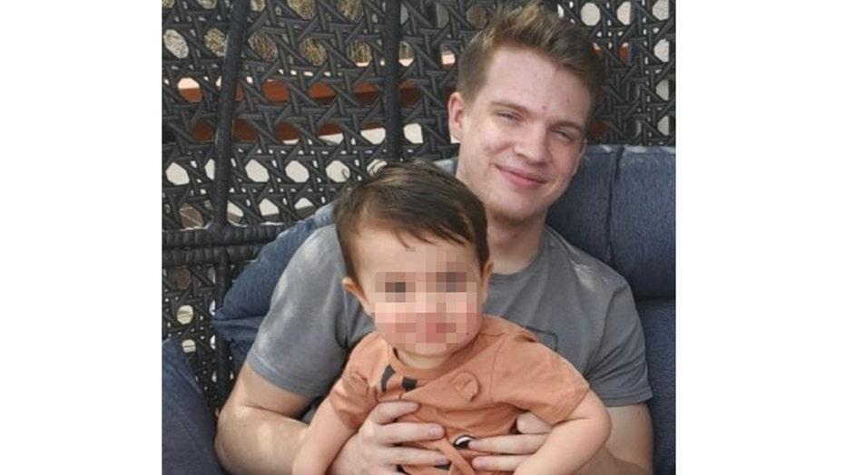 父の妻が息子を保護しながら殺害, 1, マイアミビーチのレストランで最後の瞬間を思い出します