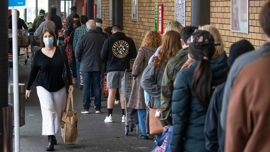 New Zealand to enter nationwide lockdown after single coronavirus case found