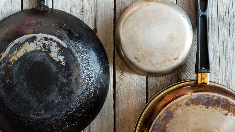 Hack for cleaning dirty pans stuns TikTok: 'This works 100%'