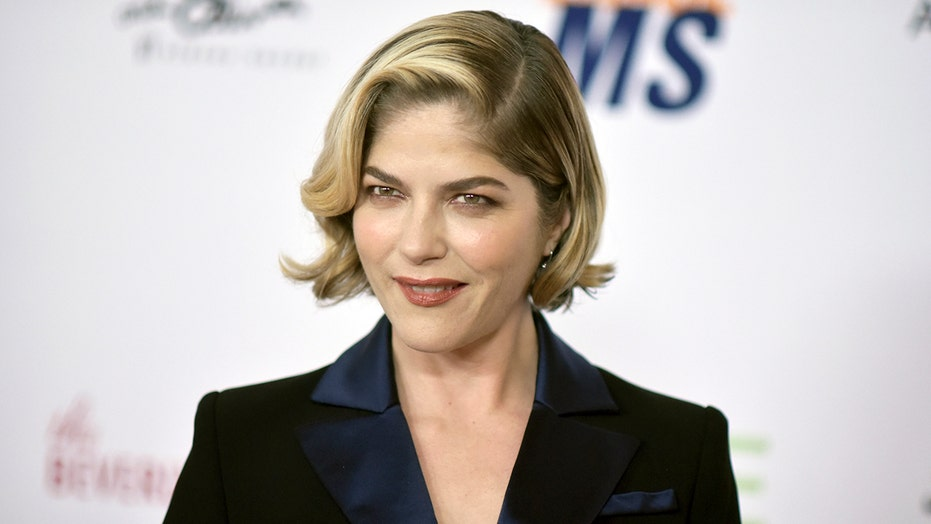 Selma Blair says she's 'in remission' from multiple sclerosis: 'My prognosis is great'