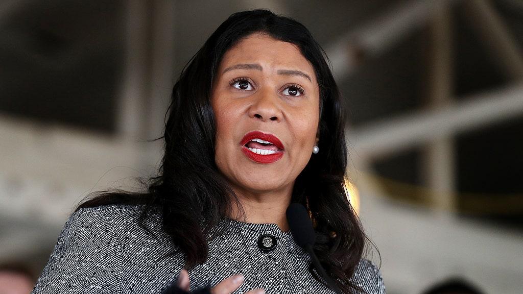 Democrat mayor breaks her own mask mandate, parties in packed club