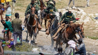 Photographer behind viral images of Border Patrol agents on horseback: 'I've never seen them whip anyone'