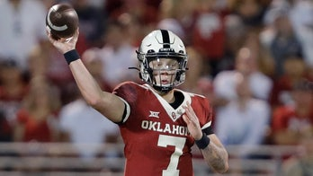Oklahoma's Spencer Rattler brushes off boos, calls to put backup in: 'I don't worry about that at all'