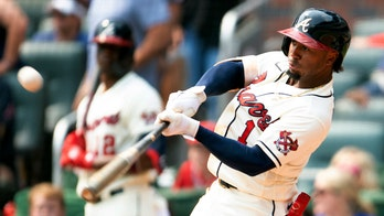 Albies, Freeman go deep in 7th, Braves win series over Miami