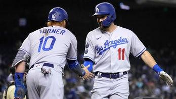 Dodgers beat Diamondbacks 4-2, keep pace in NL West race