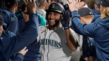 Toro slams old team, connects in 8th as M's beat Astros 4-0