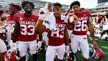 Arkansas rallies, avoids upset against Rice with 38-17 win