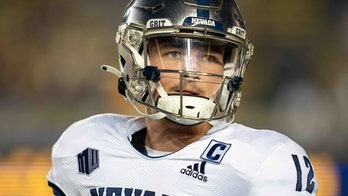 Strong's 4 TD passes helps Nevada beat Idaho State 49-10