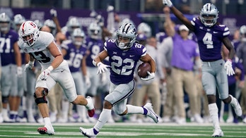 Thompson and K-State open with 24-7 win over Stanford