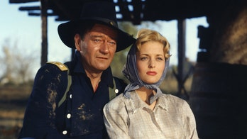 Western star Constance Towers talks working with John Wayne, William Holden in 'Horse Soldiers': 'Pure luck'