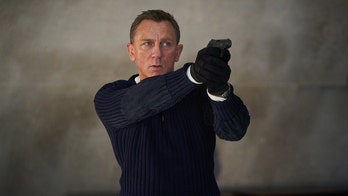 Daniel Craig says James Bond shouldn't be a woman, hopes for a similar, female-led action franchise instead
