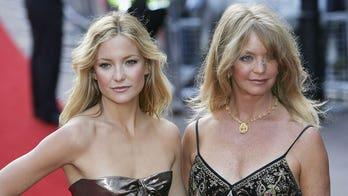 7 crazy celebrity mother-daughter lookalikes