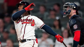 Albies, Duvall go deep in Braves' 8-5 win over Nationals
