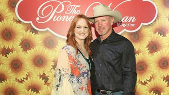 'Pioneer Woman' Ree Drummond shares wedding pics to celebrate 25th anniversary: 'It's been a wild adventure'