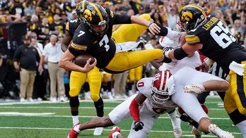 No. 18 Iowa's defense silences No. 17 Indiana, 34-6
