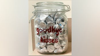 'Goodbye kisses' jar offers one last treat for dogs before euthanasia: 'It just broke my heart'