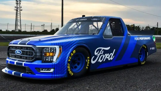 New Ford F-150 NASCAR Truck Series racer revealed