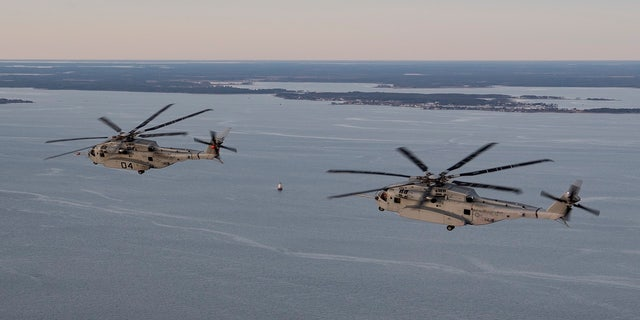 CH-53K, K4 Flt 205 and K5 Flt 42, fly in formation from NAS Patuxent River, MD on Jana 9, 2020.