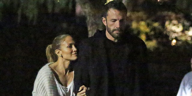 Jennifer Lopez and Ben Affleck went on a movie date in Los Angeles with their kids.