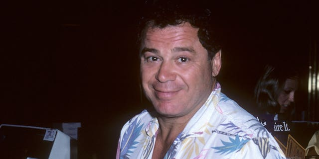 Actor Art Metrano has died at the age of 64.  He died of natural causes.