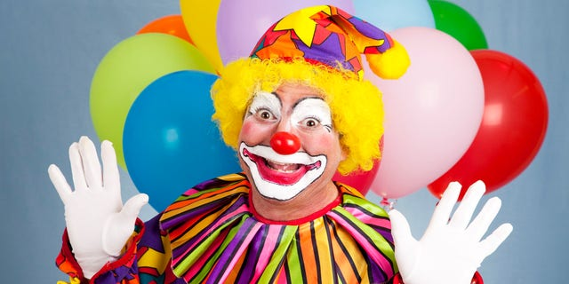 Speech Academy Asia is apologizing after its promoter, dressed as a clown, sparked fear by handing out flyers at primary schools. (iStock)