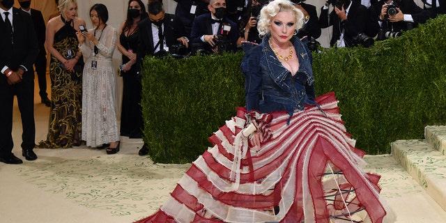 US singer Debbie Harry arrives for the 2021 Met Gala at the Metropolitan Museum of Art on September 13, 2021 in New York.