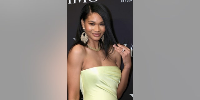 When it comes to Chanel Iman's beauty routine, the model likes to keep it simple.
