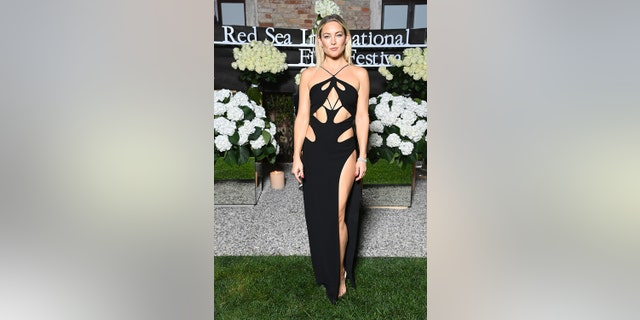 Kate Hudson attends the Celebration of Women in Cinema Gala hosted by The Red Sea Film Festival during the 78th Venice International Film Festival on September 04, 2021 in Venice, イタリア.