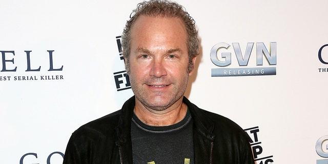 John Ondrasik escribió la canción 'Blod On My Hands' que es muy crítica con Joe Biden.