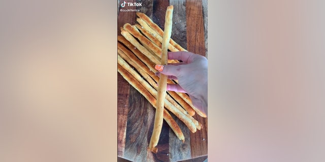 This mom's 'Crispy Giant French Fries' are all we need for NFL game day snacking