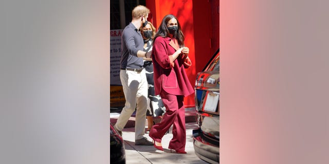 The entire suit cost roughly ,500. Markle reportedly accessorized with over 0,000 worth of jewelry.