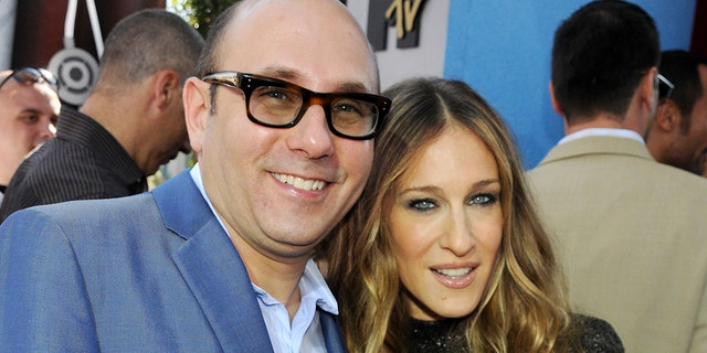 Actor Willie Garson and actress Sarah Jessica Parker arrive to the 2008 MTV Movie Awards at the Gibson Amphitheatre on June 1, 2008.