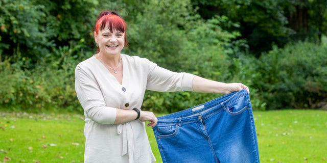 Since then, Armstrong, from Lockerbie, Scotland, has lost 140 pounds and dropped to a size 14.