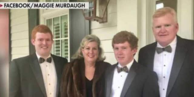 アレックス・マードー, 53, (正しい) quit his law firm after being shot over the weekend, months after his wife Margaret, 52, and their son, ポール, 22, were shot to death outside their South Carolina home.