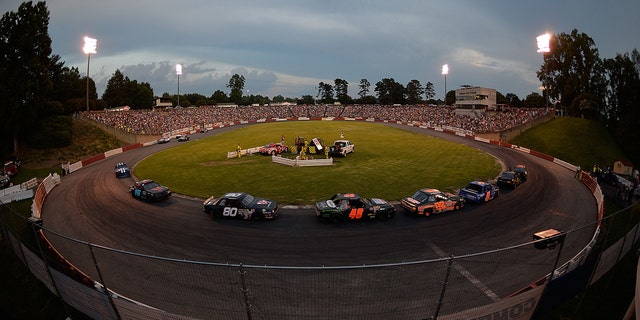 Bowman Gray Stadium held its 1,000th NASCAR-sanctioned event on August 15, 2015.