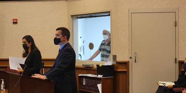 Brian Clifton was arraigned Tuesday on a charge of first-degree murder in the killing of his wife, Kathy Thomas ,에 1996.