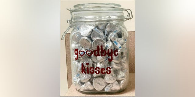 Smiths Station Animal Hospital in Smiths Station, Alabama, shared an image of its goodbye kisses jar onto Facebook, where thousands commented from around the globe.