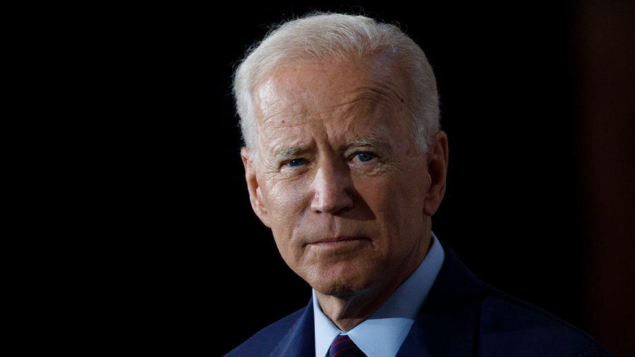 Biden pays tribute to fallen police officers, tells families that 'your loss is America's loss'