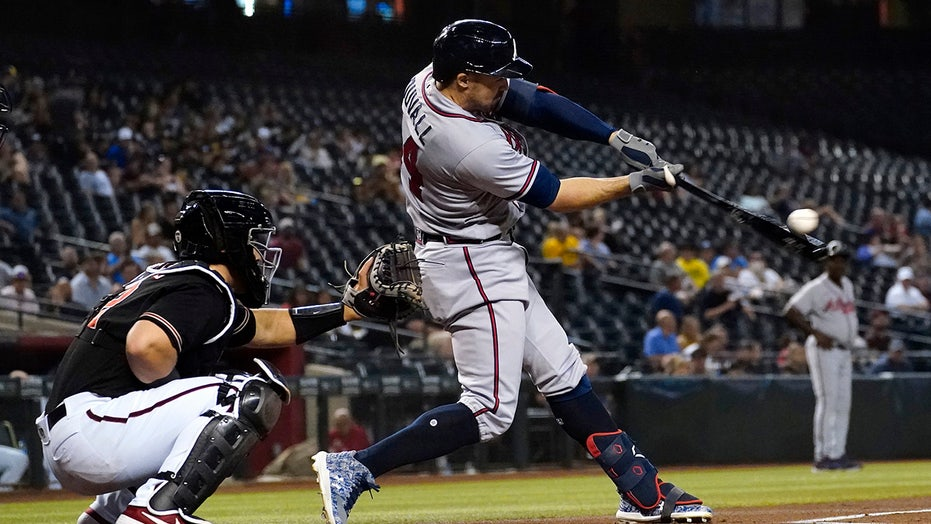 NL East-leading Braves overcome Duvall's lost HR in victory