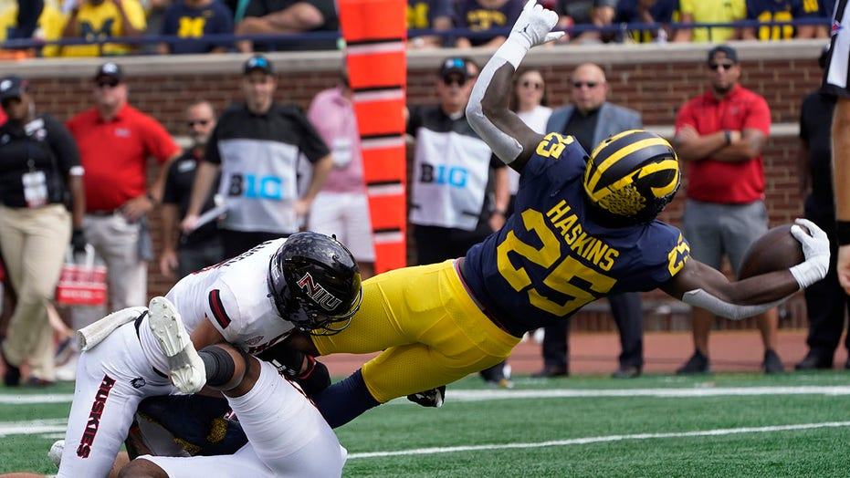 Pair and a spare: Tailback depth a must-have in Big Ten play