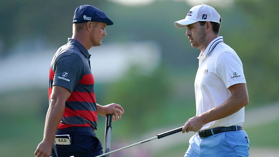 Keeping score and taunting players, golf unlike other sports
