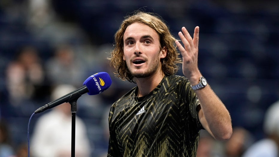 Stefanos Tsitsipas takes another long bathroom break at US Open, players call for rule change