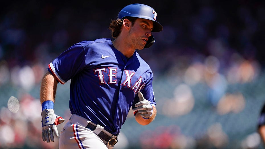 DJ Peters has 2 HRs, 4 hits to help Rangers beat Angels 7-3