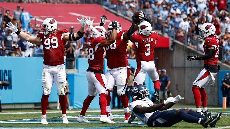 Cardinals' Chandler Jones gets 3 sacks in first quarter, LeBron James gets fired up