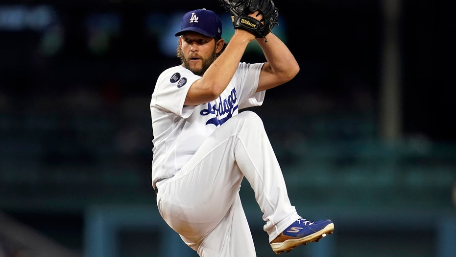 Kershaw strikes out 5 in return, Dodgers beat D-backs 5-1